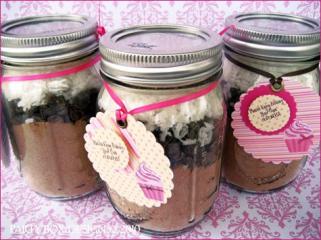Cupcake in mason jar from HWTM